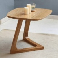 Solid wood oak end table