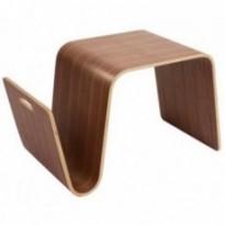 Table basse en bois pour le salon.